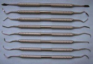 Инструменты для ручного способа удаление зубных отложений